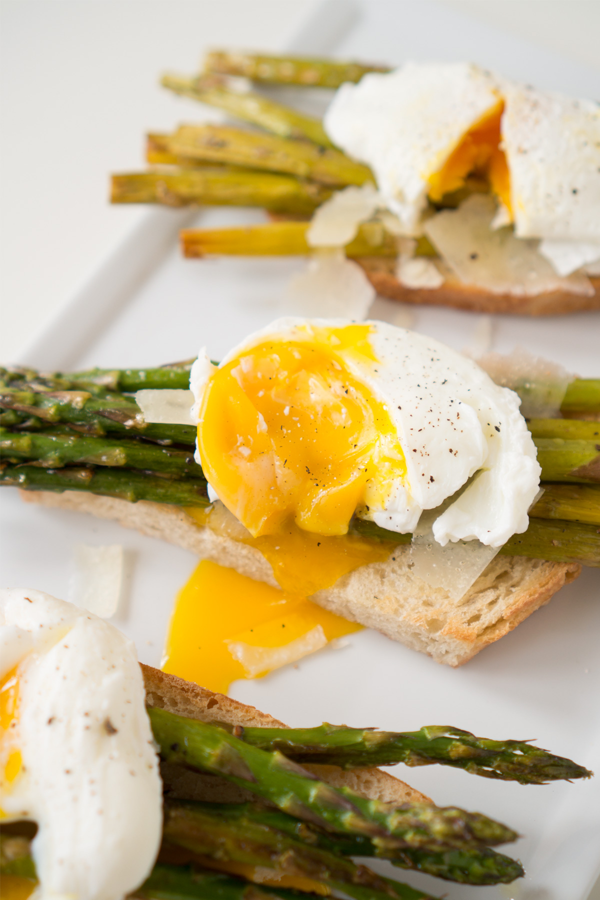 Roasted Asparagus & Poached Eggs On Toast Recipe — Dishmaps